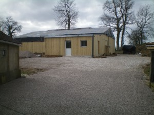 Ce bâtiment a été construit pour accueillir la chèvrerie et la fromagerie